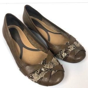 Naturalizer Brown Snake Skin Leather Flats